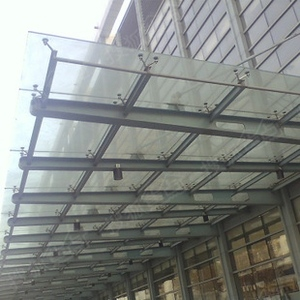石家庄钢结构安装玻璃雨棚车库雨棚制作安装