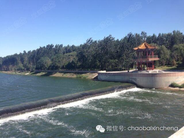 潮白新城又新建 大型公园 潮白河滨水公园高清图片