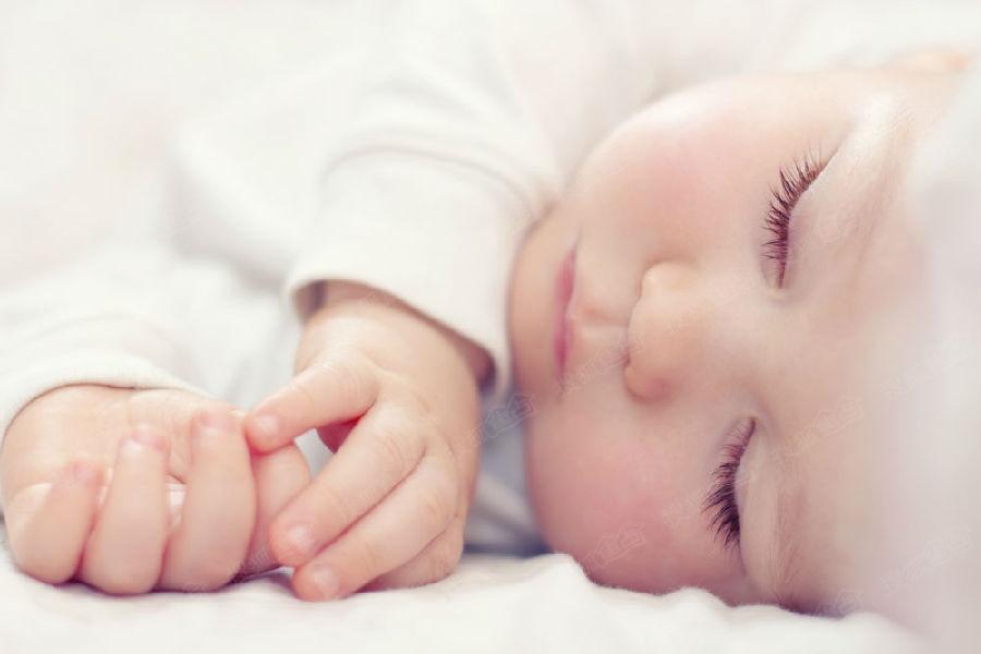 新生儿头皮湿疹怎么办