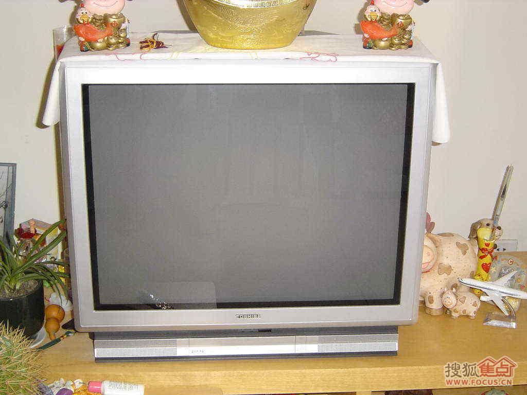 图:转让9成新29寸东芝纯平电视机一台