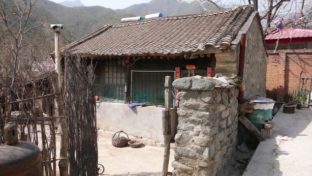 篱笆墙的茅屋 - xieyangchun1963 - 阳春博客