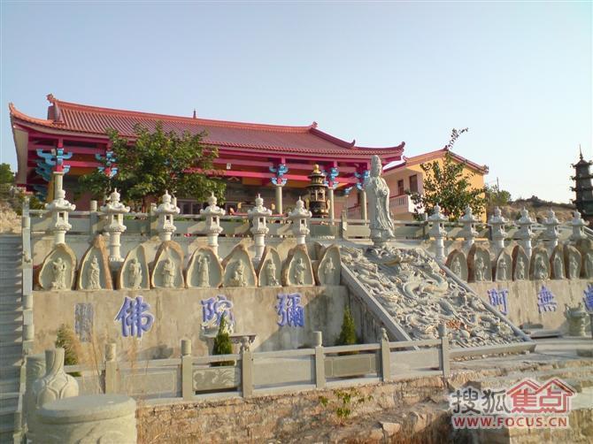 圖:靈鷲寺座落于福建省沿海地區的云霄縣列嶼鎮境內