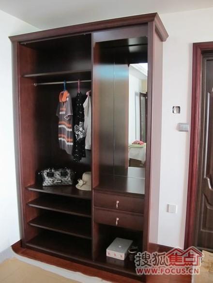 索菲亚衣柜展示图
