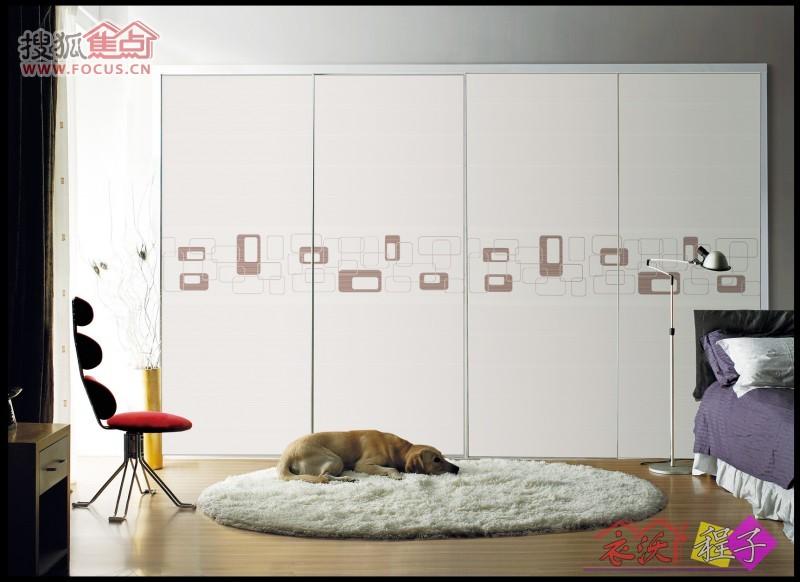 衣柜干燥剂的原理_工作原理   干燥器是利用化学干燥剂,一般采用与卸荷调压阀(气压调整阀)一体的整体式结构,巧妙利用调压阀卸荷排气的动作过程,使再生