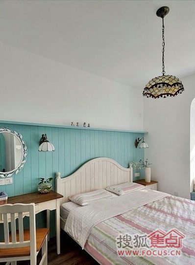 卧室装修效果图   的色彩.空间装饰虽然简约,但是很有特色高清图片