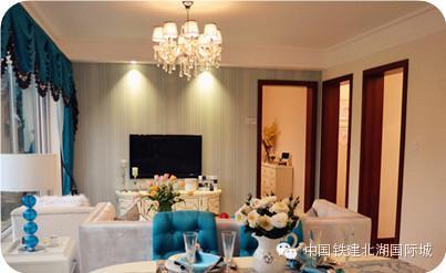 石膏线吊顶,墙面和顶面显立体图片