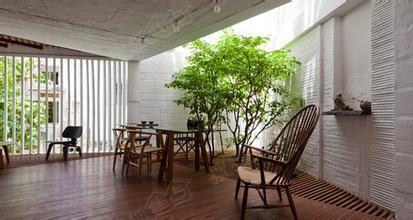 屋顶花园,错落式建筑体绿植等,为室内办公提供源源不断的鲜氧,净化