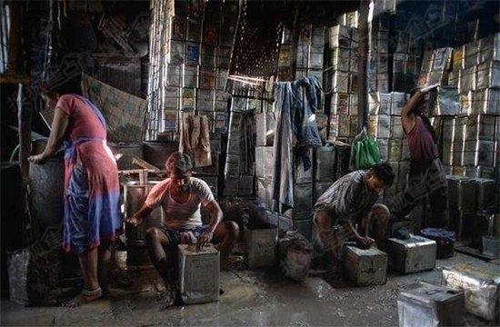 惊呆中国人!记者揭秘美国和印度贫民窟真实面貌