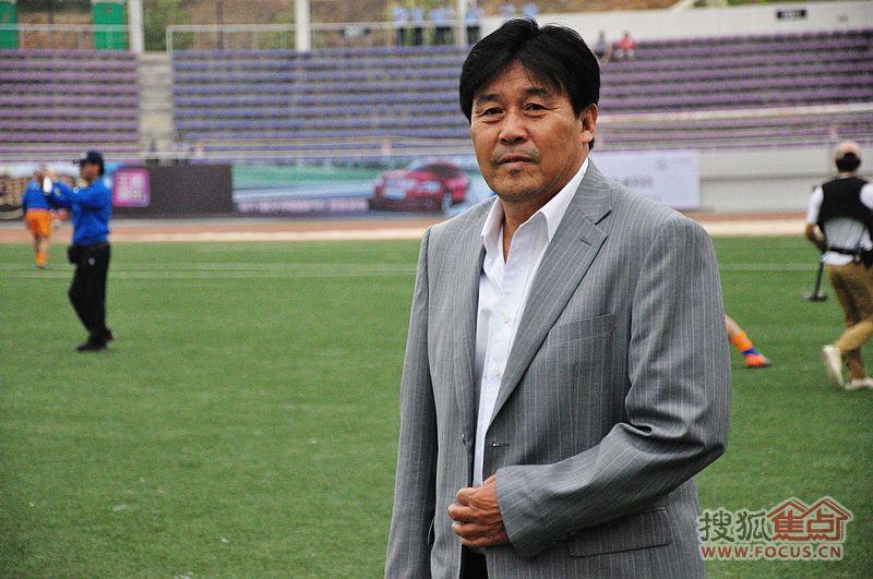 2011年旅�香港足球明星�足球比��F��蟮�,都是明星,血受�D片 148101 800x531