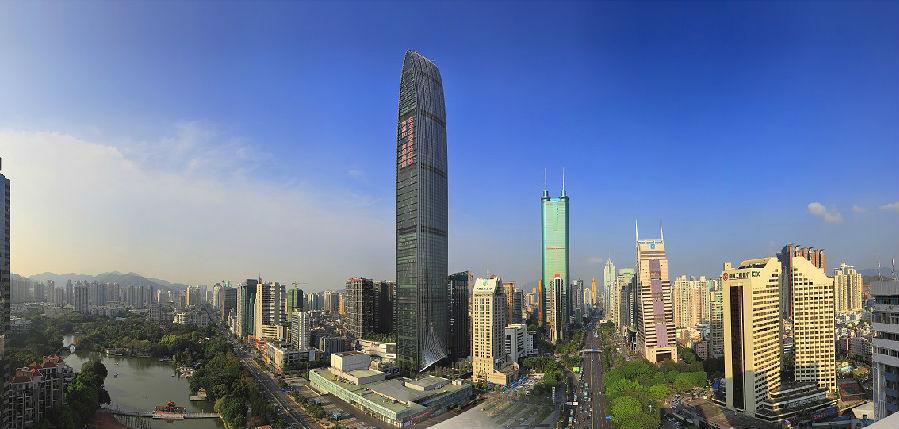 蛇年央视春晚宣传片,提前曝光,京基100和上海东方明珠电视塔一起代言