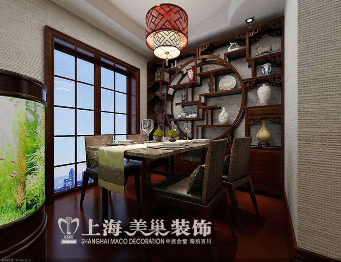 餐厅效果图,独立空间,古色古香的酒柜造型设计增加了整体的实用高清图片