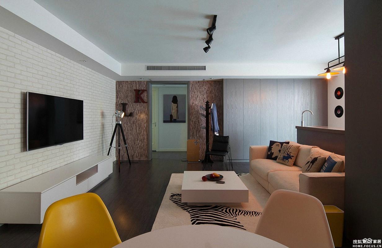 现代简约风格三室一厅装修效果图
