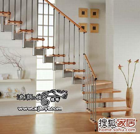 图片:复式楼钢木楼梯怎么安装?