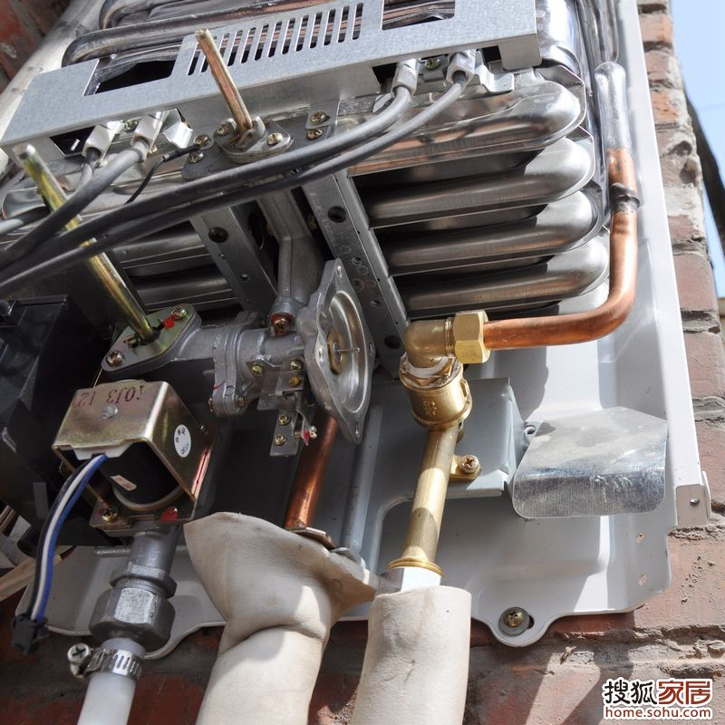 牛人燃气热水器改装壁挂炉[全过程]