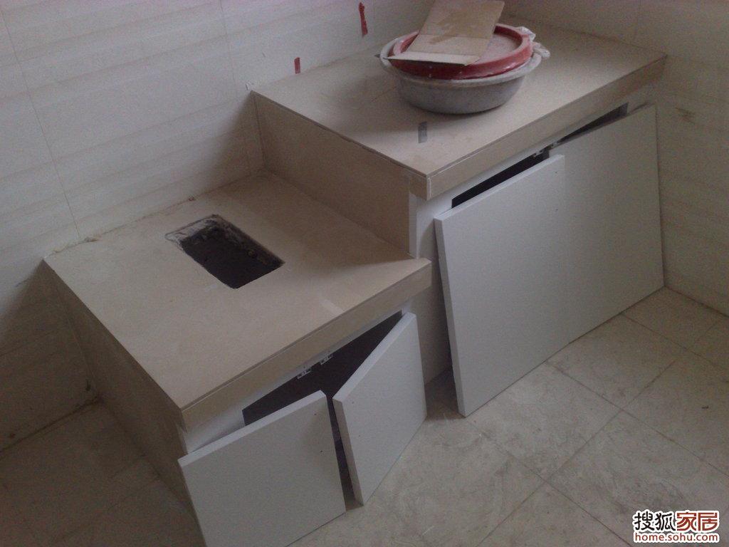 砖砌橱柜门也装上了,同学可以看看效果,和整体橱柜没什么太大的高清图片
