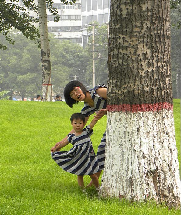 DIY 亲子装公园实拍 美丽外甥女和美 金牌天纬陶瓷论坛