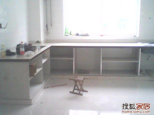 瓷砖厨房灶台设计图