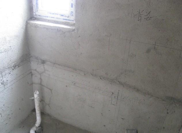 由于忙着和公司各工种师傅们研究水电路,忘了照相,只留着墙上的