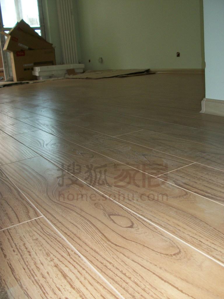 图:我家木地板实铺效果