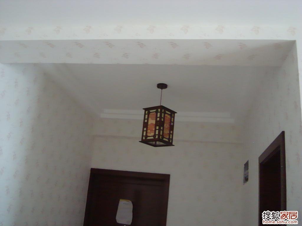 客厅与门厅上面的过梁