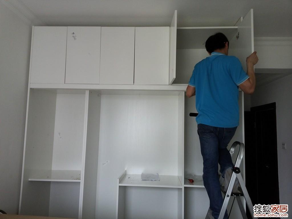 品质的保证  在安装过程中,索菲亚定制衣柜让我感觉不愧是大厂的产品