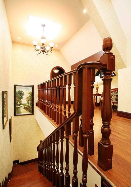 农村楼梯吊顶造型图片