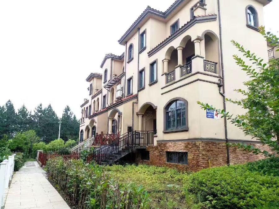 绍兴诸暨枫林半岛,双拼别墅排屋,均价5500起,询15267420922