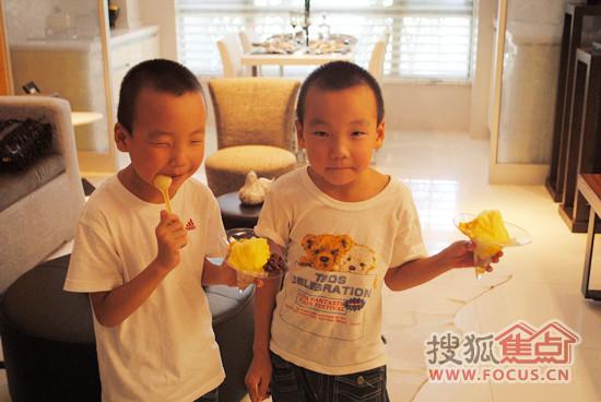 双胞胎兄弟