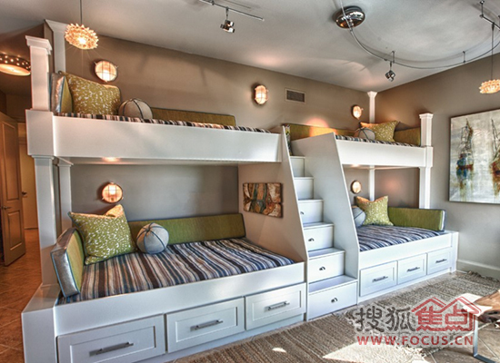 上下铺儿童卧室装修效果图 致睡在上铺的亲人图片