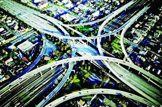 牛凤瑞 京津冀交通一体化合理配置资源是关键