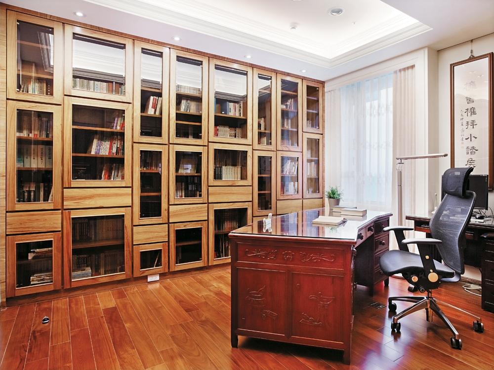 屋主爱好山居生活,因此此次的室内装修风格是希望