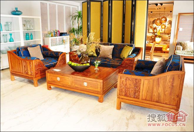 荣麟京瓷系列梨花木古典沙发外观