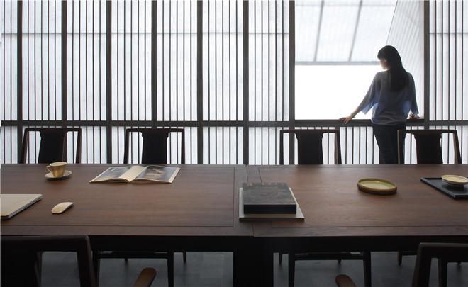 设计与茶室紫云轩老总/半木设计(吕永中)思维企业名片设计图片