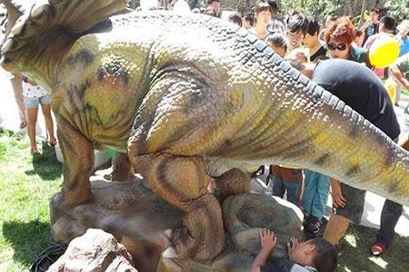 史前恐龙 降临泽信 加州华府图片