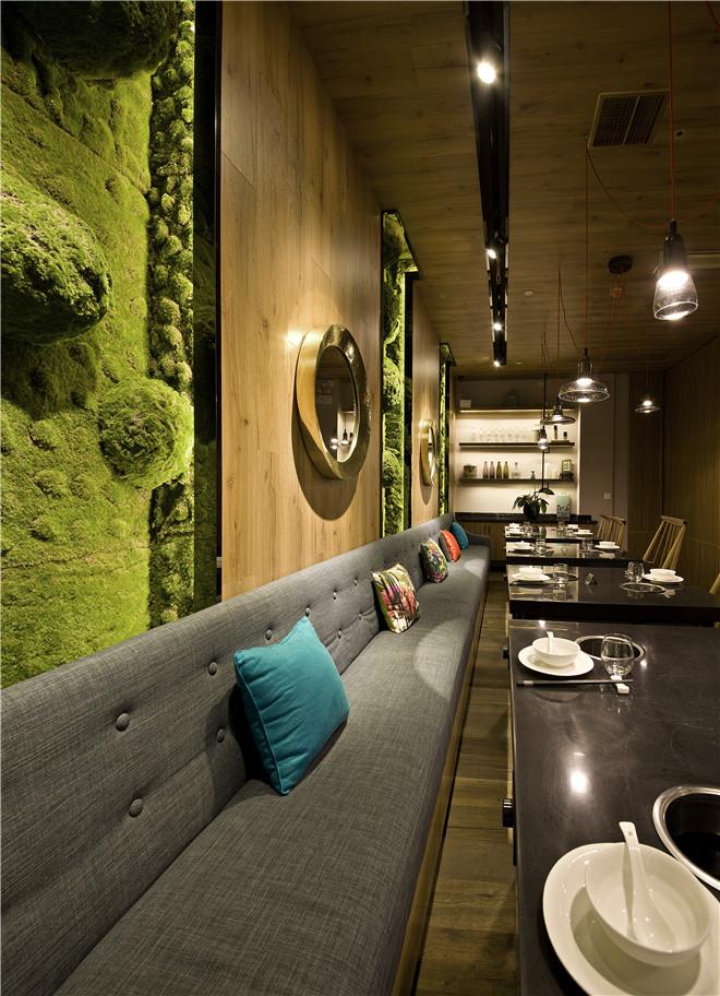 gary曾建龙时尚空间餐厅:臻鲜道餐饮面条鲜对联开张作品图片