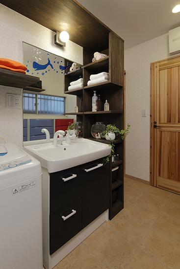 日式风格装修,日式风格案例,榻榻米设计,榻榻米案例,浴室设计