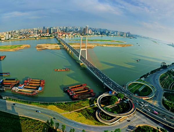 红谷滩打造100平方公里九龙湖新城