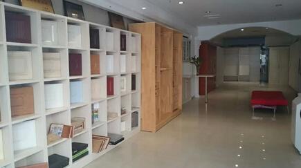 心怡定制家具,在汉西三路香江家居a8栋15-16号,拥有400平豪华旗舰展厅图片