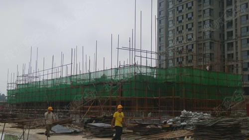 18#楼一层顶板混凝土浇筑