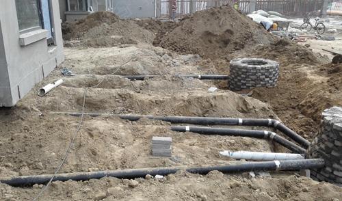 具备施工条件的各楼号排水支管基本完成