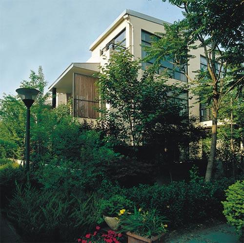以总价400万起的经济型别墅价格,全情呈现低密度原生态生活理想,现房