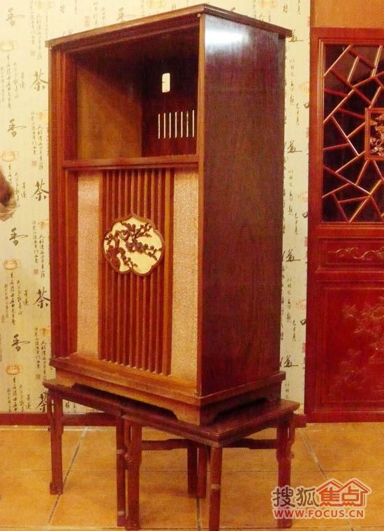 国庆20周年天安门城楼上首次进行电视直播用的电视柜