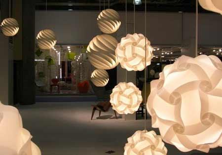 展現藝術之美 后現代燈飾設計展作品(組圖)