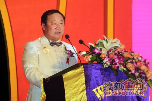 青岛中心书记王武成亦作为企业家代表及活动赞助方出席晚宴,并就央企