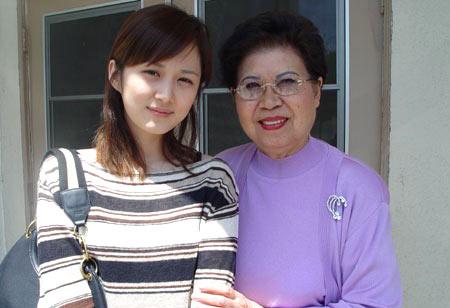 韩国美女张娜拉的家居生活照曝光