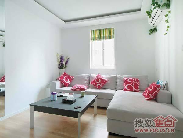 10万元让60平米的小房子华丽转型 时尚简约家