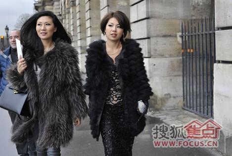 是中国十大元帅之一叶剑英的孙女,也是伏明霞原经纪人叶静子的妹妹.图片