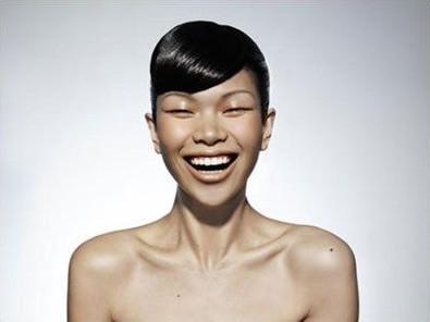 国际名模吕燕家居照 别样美丽[图]图片