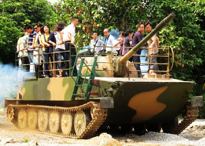 军事主题_——请带着你的军旅梦到黄埔军事主题园来吧.