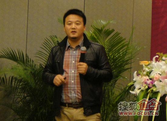 上海志邦厨柜有限公司总经理花林荣图片